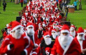 reuters_scotland_santa_run_11Dec11-878x557
